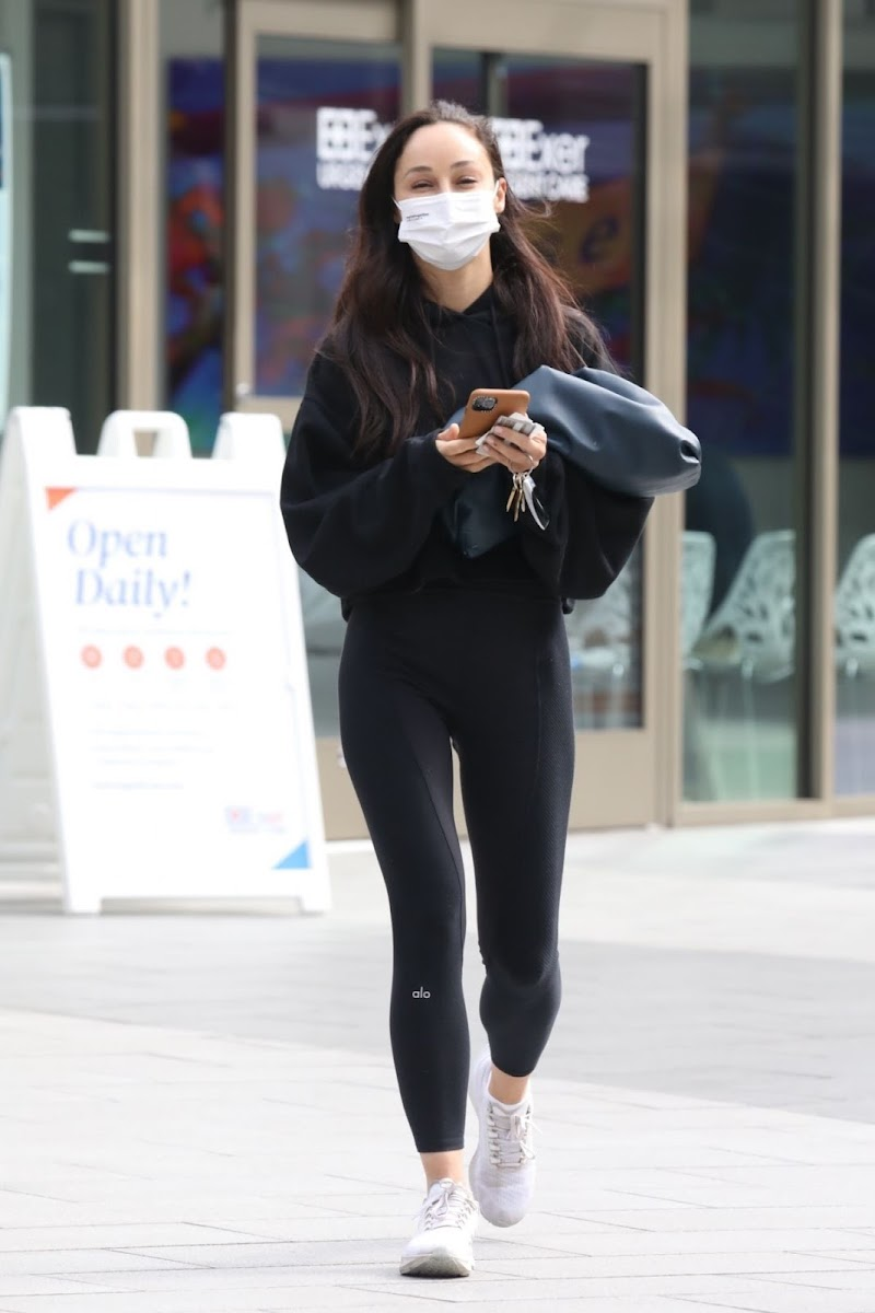 Cara Santana Getting a COVID Test in Los Angeles 12 Apr-2021