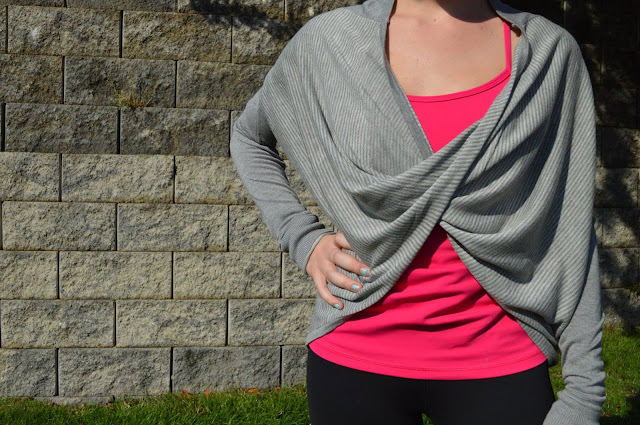 lululemon-iconic-wrap-gray
