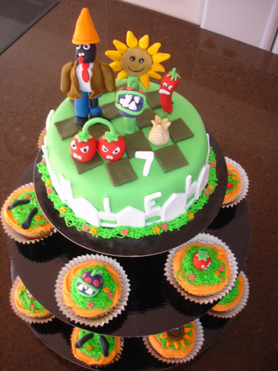 Bake Me Blind Gluten Free Plants Vs Zombies Cake
