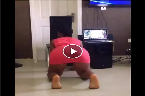 Download Video: Shocker!! Crazy Girl Breaks The Internet While Dancing To Zoro (Achikolo) Twerking And Str!pping Everything..