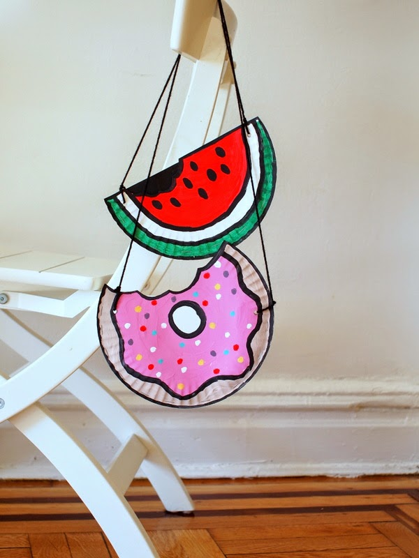 Paper Plate Watermelon and Doughnut Purses (Kids' Craft!)