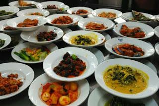 Inilah Alasan yang Menjadikan Masakan Padang Menjadi Makanan Idola Banyak Orang