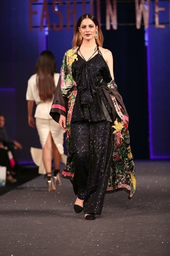 PSFW 2017 Sana Safinaz Chateau Marmont Collection