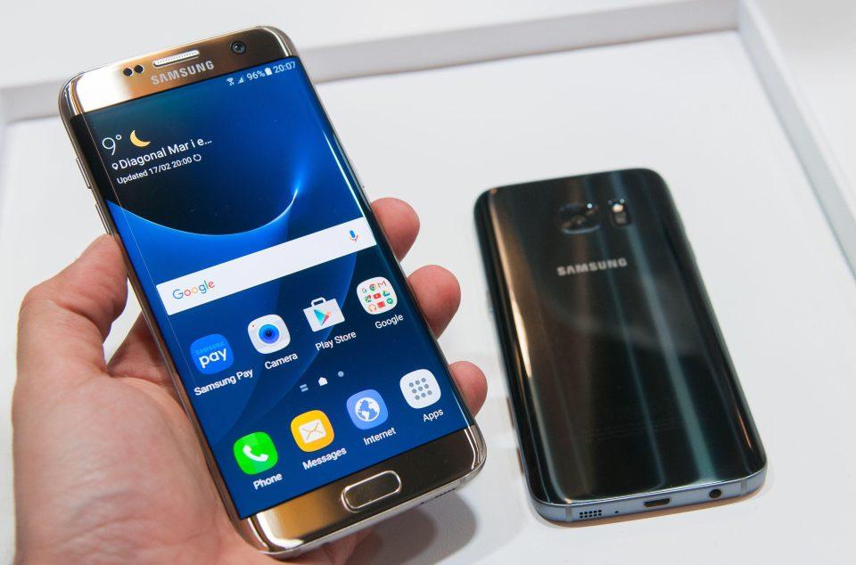 الطلبات المسبقه على هاتفى Samsung Galaxy S8 و Samsung Galaxy S8 plus كبيره جداً