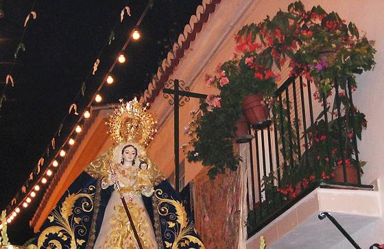 Tres excepciones conocidas en toda Andalucía a la no salida procesional de la Imagenes