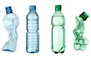 Woda mineralna w plastikowych butelkach szkodzi zdrowiu