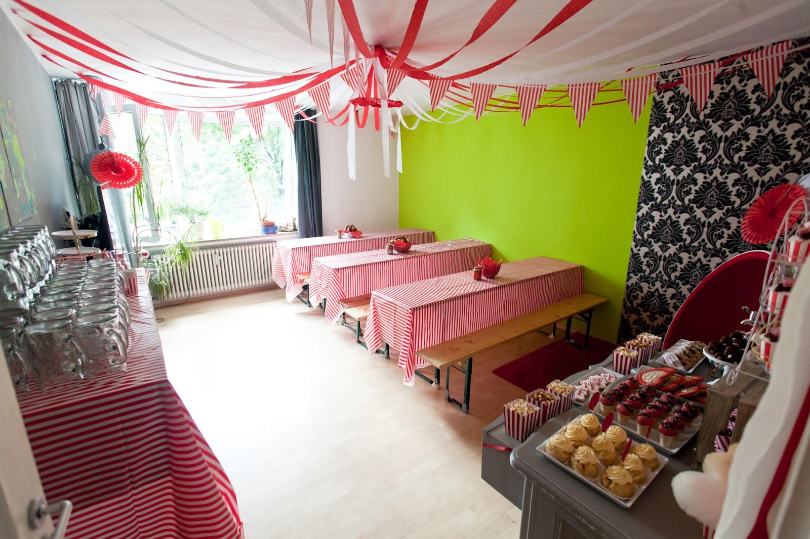 Zirkus Zirkus Sweet Table Zum Oktoberfest Start