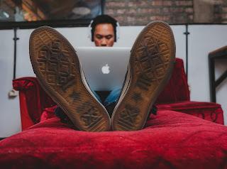 العمل الحر والربح من المواقع الخدمات المصغرة
