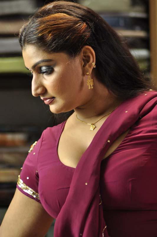 Mallu Aunties Photos Tamil Aunty Hot Photos-8938