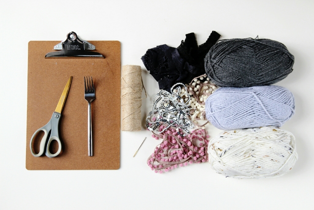 Materials needed to make a Diy Mini Weaving