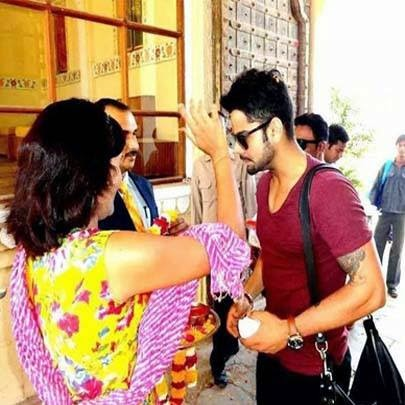Virat Kohli reaches Jaipur to celebrate Anushka Sharma's birthday