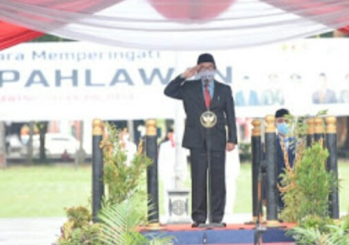 Semangat  Hari Pahlawan Plt Bupati Jember  Pimpin  Upacara Peringati HUT Hari   Pahlawan.