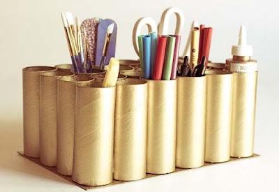 Organizadores com rolos de papel higiênico