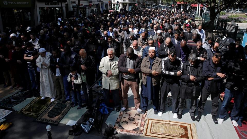 Φρικτά δημοσκοπικά ευρήματα για τους μουσουλμάνους της Γαλλίας