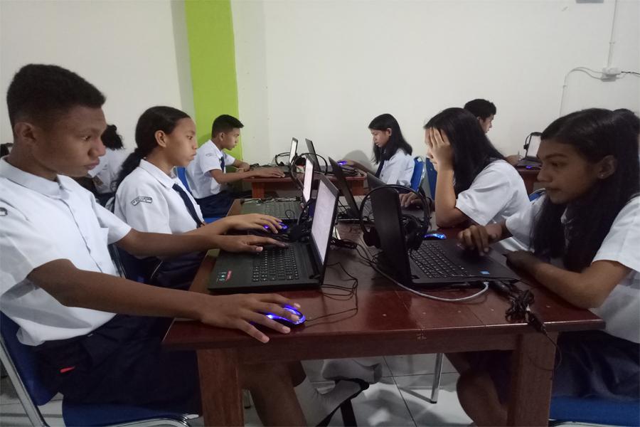 SMP Kalam Kudus PTS Berbasis Komputer