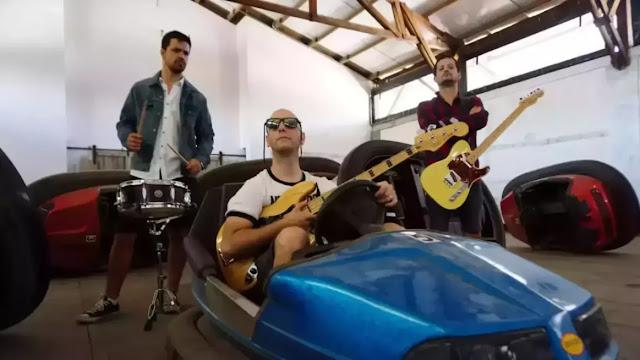 """Pez Plátano presenta single y videoclip """"Súper Lunes"""""""