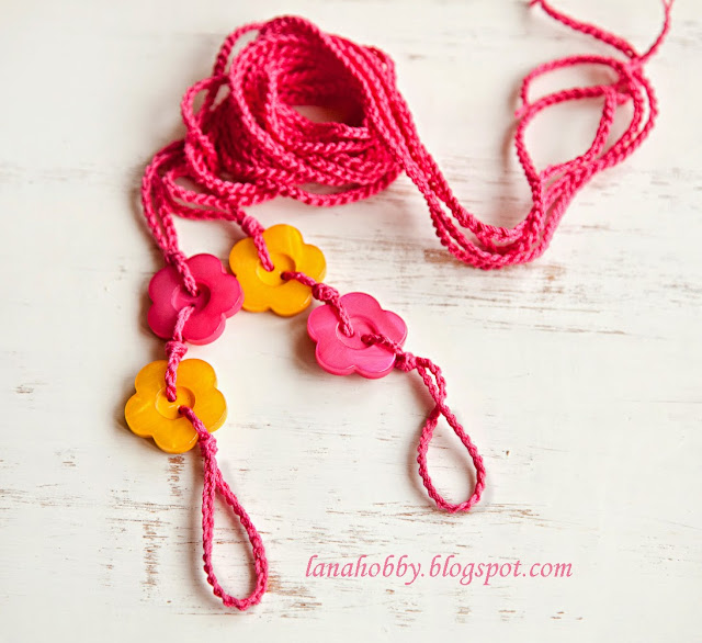 Easy Buttons Crocheted Barefoot Sandals DIY for Beginners