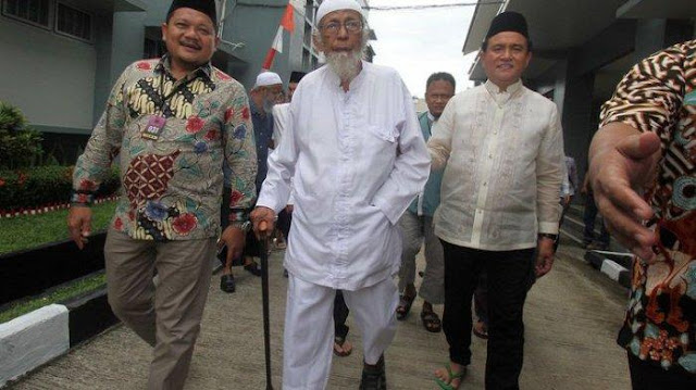 Abu Bakar Baasyir Harusnya Bebas Bersyarat 23 Desember 2018
