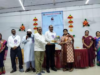 #JaunpurLive : उपशिक्षणाधिकारी सुजाता खरे ने की शिक्षक गौरव सम्मान समारोह की सराहना