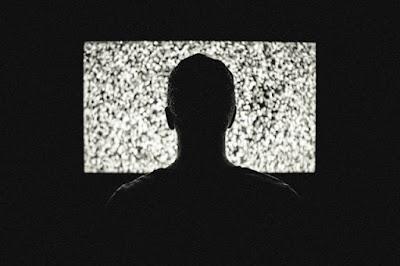 http://www.masrohman.com/2018/11/bahaya-game-bagi-penikmatnya.html