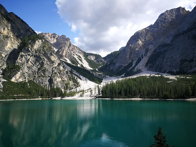 lago braies trentino adige italy