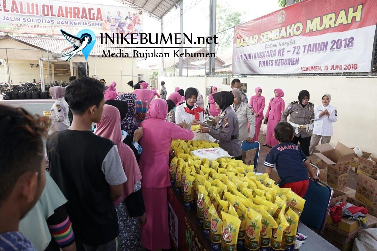 Beli 1 Kilogram Gula Pasir di Bazar Murah Polres Kebumen, Wanita ini Bawa Pulang 2 Kilogram