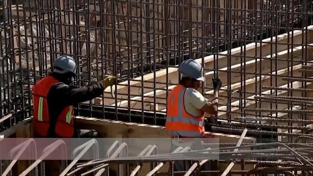 Industrias esenciales preparan medidas para reapertura en México