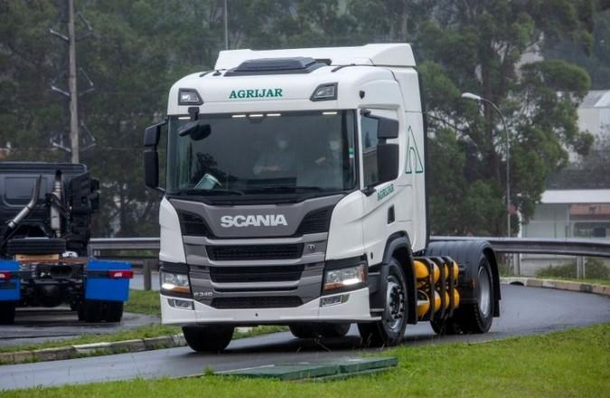 Scania entrega primeiro P 340 movido a gás do Brasil