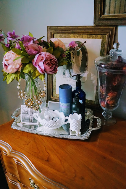 How to decorate your dresser