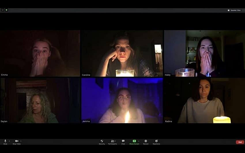 Рецензия на фильм «Астрал. Онлайн» (Host) - плохой клон «Паранормального явления» - 03