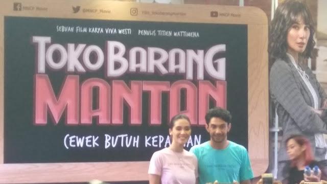 Toko Barang Mantan, film komedi romantis garapan MNC Pictures, yang dibitangi Reza Rahadian dan Marsha Timothy ditayangkan di bioskop mulai 20 Februari 2020 (dok.windhu)