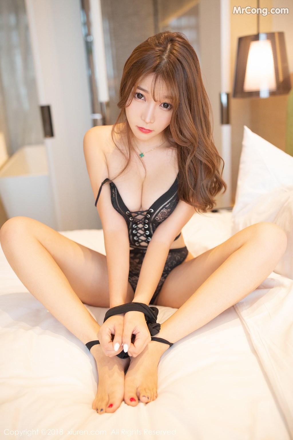 Image XIUREN-No.1278-Booty-Zhizhi-MrCong.com-004 in post XIUREN No.1278: Người mẫu Booty (44 ảnh)