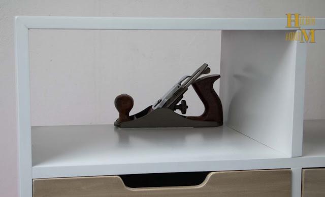 mesa-tv-pantalla-con-dos-gavetas