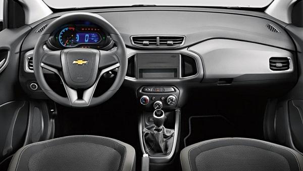 interior Chevrolet Onix LS