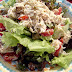Um prato bastante saudável e muito bem preparado, com uma mistura de ingredientes... comendo Frango Fit Grande em Naturitê