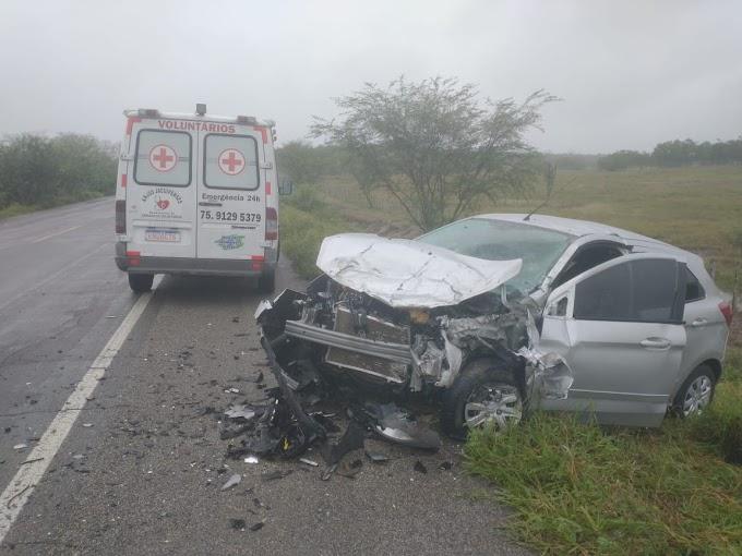 Colisão deixa dois feridos na BR-324, trecho Riachão/Nova Fátima