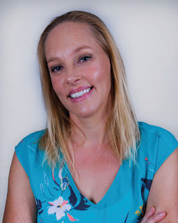Photo of Allie Reynolds, author of Shiver
