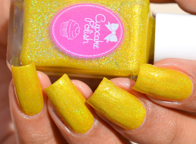 Cupcake polish Row Me To The Gold