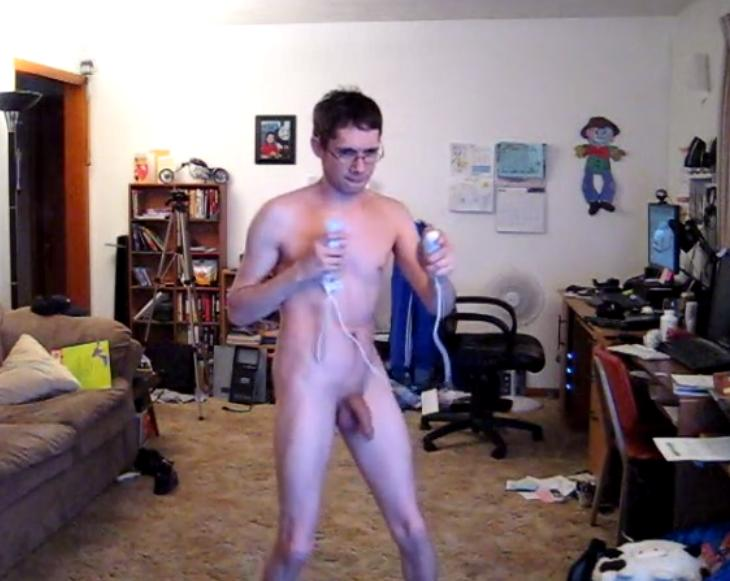 playing Nude wii people