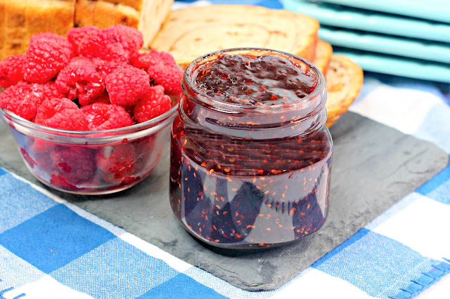 Homemade Holiday Inspiration: Raspberry Chipotle Jam