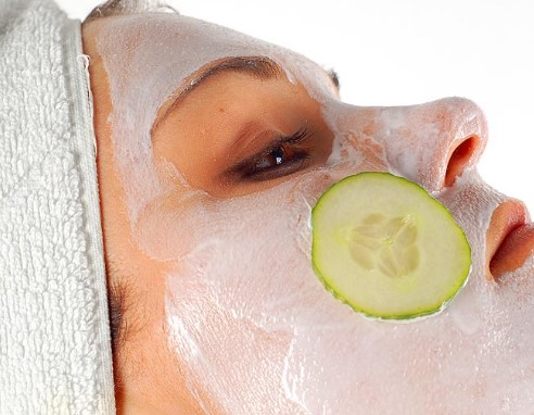 Manfaat Memakai Masker Buah Agar Segar dan Cantik