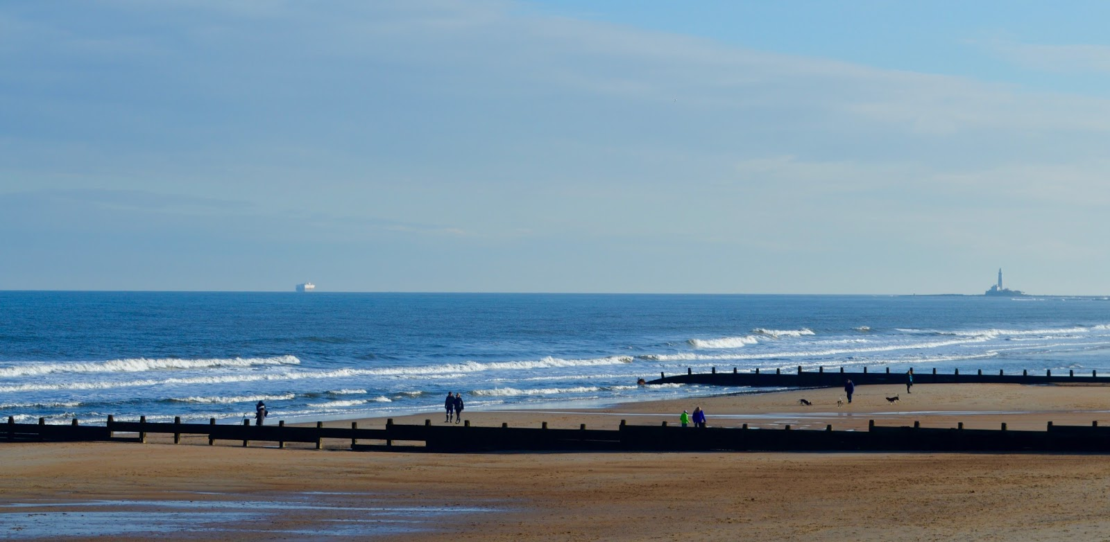 A Trip to Blyth Beach | How to Hire Beach Huts, Bus Information & Coastline Fish & Chips