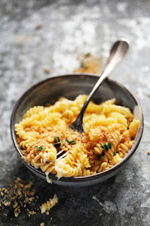 https://doriannn.blogspot.fr/2015/11/mac-cheese-in-microwave-parce-que-loin.html