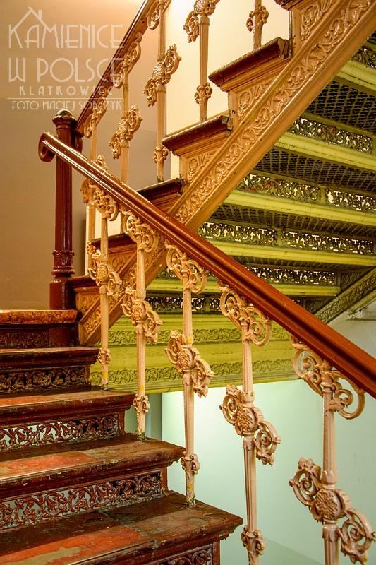 Bytom. Wnętrze. Architektura. Klatka schodowa. Żeliwne schody.