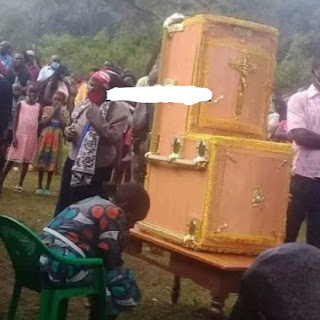 Meet Balunda, the tribe that buries loved ones seated