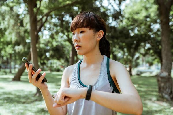 Entende os benefícios do uso dos rastreadores de condicionamento físico
