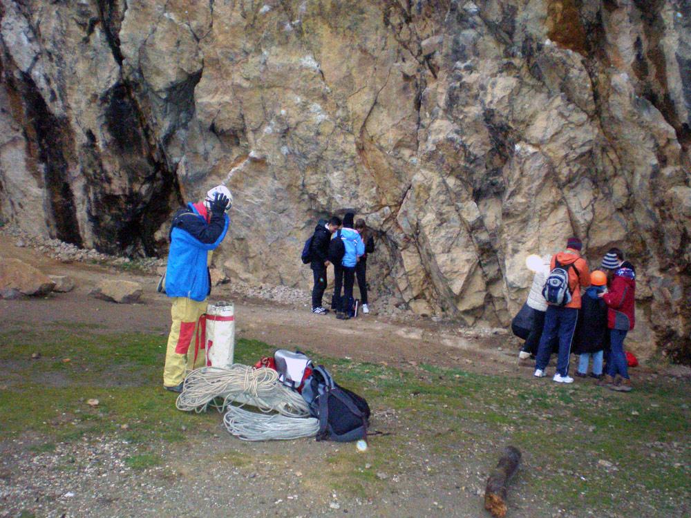 Скалолазы на Никитской скале
