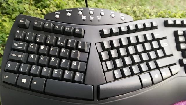 windows key + w