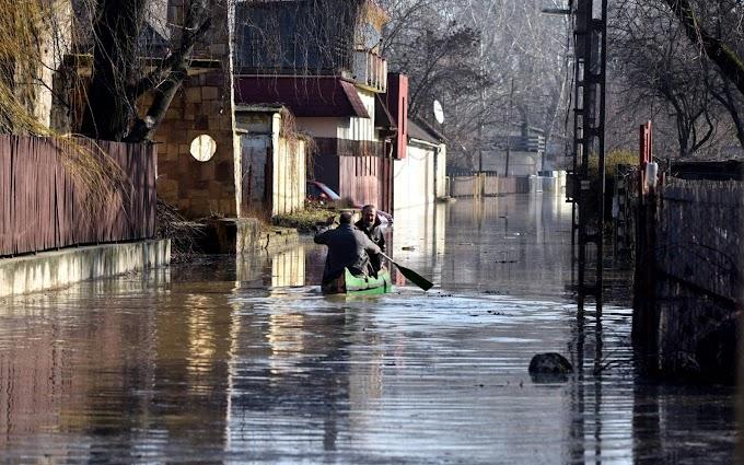 Szolnok térségében tetőzik a tiszai árhullám