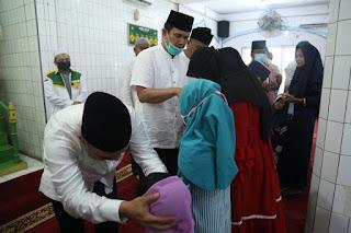 1005 Keluarga Kecamatan Rantau Selatan Terima Bansos BPNT